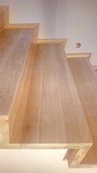 Облицовка лестниц из бетона массивом дуба.Гарантия качества.