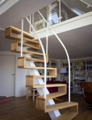 Качественная лестница из металла дерева и стекла. 44-579-5000 Звоните