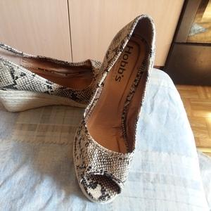 Оригинальные туфли Hobbs