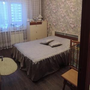 Продаю двухкомнатную квартиру мк-н 18,  д. 11
