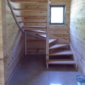 Деревянные лестницы от производителя с гарантией