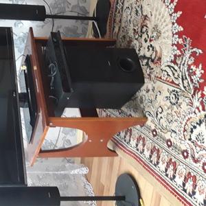 Телевизор LG 47LS560T