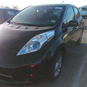Черный Nissan Leaf SV 2014