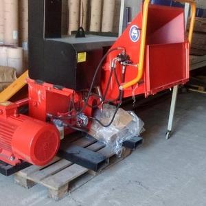 Щепорубительная машина (дробилка) DP 660 E / 30 кВт