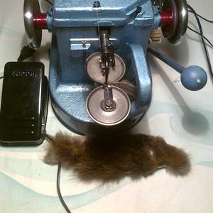 скорняжная швейная настольная машина для пошива и ремонта изделий из м
